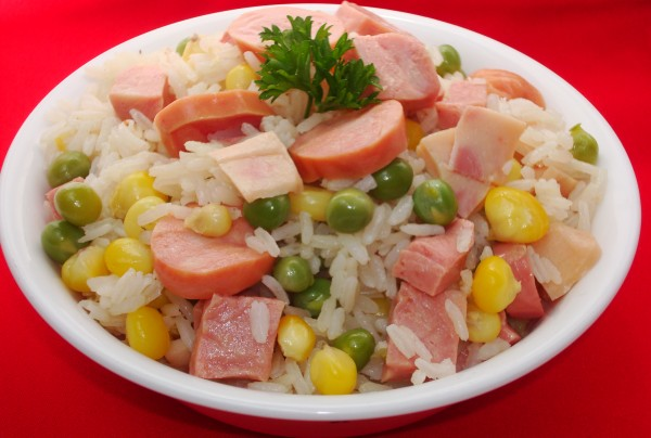 Arroz con mix de Carnes frias